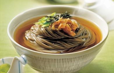 Zuppa soba con kimchi